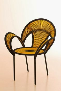 """Hip, Avant Garde Chairs! The """"Banjooli"""" chair is part of Moroso's outdoor line and specifically part of their """"afrique collection."""" 