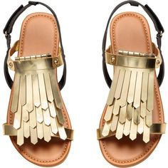 Sandals with Fringe $17.99 (23 CAD) ❤ liked on Polyvore featuring shoes, sandals, faux leather sandals, vegan sandals, velcro strap shoes, velcro sandals and velcro closure shoes
