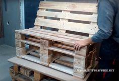 In questo video tutorial vedrete come un divano con pallet è costruito. Come si deve tagliare i pallet e comporre la struttura per ottenere un divano facilmente. Infine si avrà solo aggiungere cusc…
