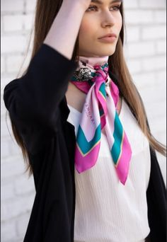 Neck Scarves, Scarf Styles, Knots, Headscarves, Womens Fashion, Pink, Paradise, Scarves, Scarf Tieing