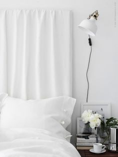 An easy summer bedroom DIY