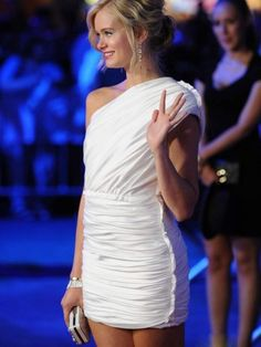 Would be a perfect Bachelorette dress!!