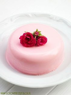 Rose panna cotta Is this healthy? Is it so pretty that it doesn't matter even if it isn't? Dilemmas...