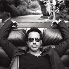 robert downey jr I love iron man 3 Robert Downey Jr., Gorgeous Men, Beautiful People, Beautiful Beautiful, Hello Gorgeous, Johny Depp, Hommes Sexy, James Mcavoy, Jake Gyllenhaal