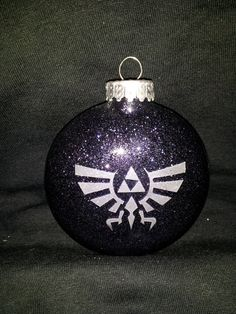 Triangles Christmas Ornament green bronze inspired by Zelda
