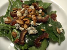 Blue cheese, candied pumpkin seeds, dates and bacon salad