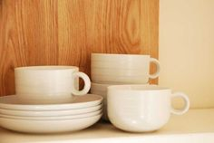 Great British Design - Stylish Hornsea Pottery coffee set in off-white. From thebrocante.co.uk
