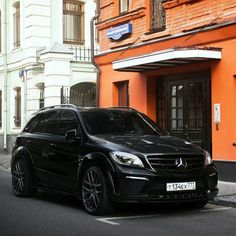 Mercedes ML63 AMG Mercedes Benz Ml, Dream Garage, My Ride, Cars And Motorcycles, Muscle Cars, Luxury Cars, Cool Cars, Dream Cars, Jeep