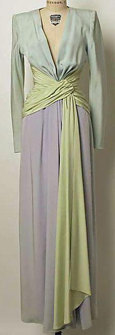 3b5f0854f3d30 Vintage Glamour, Vintage Wear, Vintage Gowns, Vintage Beauty, Vintage  Outfits, Vintage