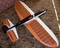 Flying Lines Favorite Planes Stunt Plane, Radios, Balsa Wood Models, Model Train Layouts, Rc Model, Vintage Models, Model Airplanes, Radio Control, Gliders