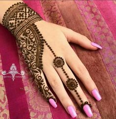 New Henna Designs, Finger Henna Designs, Stylish Mehndi Designs, Mehndi Designs For Girls, Mehndi Designs For Fingers, Beautiful Mehndi Design, Henna Tattoo Designs, Arte Mehndi, Mehendi
