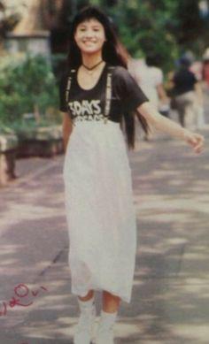 hinano yoshikawa Olive94年頃 Lob Hairstyle, Long Bob Hairstyles, Waist Skirt, Lace Skirt, High Waisted Skirt, Arc, Fashion Inspiration, Skirts, Movies