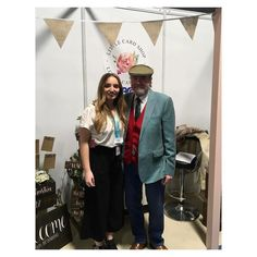 Celebrating our mega sellers as part of the #100dayproject   DAY 10 - #100daysofmakers  Danielle from Little Card Shop set up with her grandad in a little workshop in Lancashire, where they make bespoke custom made wooden signs for the home and for weddings 🌿  @littlecardshop - give them a follow and see their beautiful designs. Wooden Crafts, Wooden Diy, Wood Design, Diy Design, Woodworking Projects Diy, Diy Projects, Wooden Signs With Sayings, Expensive Art, Vintage Wood