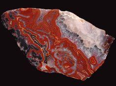 Czech Agate - 112x65x43mm(http://www.mineraltivadar.hu)