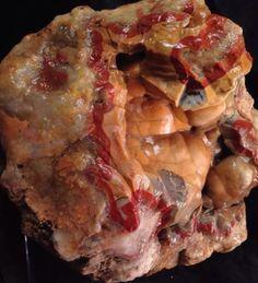 Kentucky-Geode-Jasper-Agate-Chalcedony-Red-Band-Blue-Natural-Rough