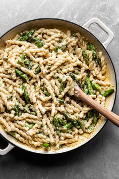 Creamy Lemon Asparagus Pasta - Vegan with GF Option - Crumbs & Caramel - Gluten Free Recipes Vegan Asparagus Recipes, Lemon Asparagus, Lemon Pasta, Vegetarian Recipes, Pasta With Asparagus, Broccoli Recipes, Pasta Recipes, Dinner Recipes, Steak Recipes