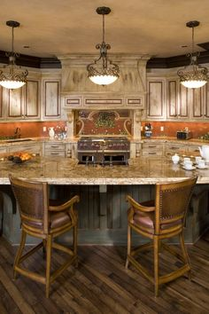 this looks like a fun kitchen to have friends over