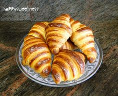 Discover recipes, home ideas, style inspiration and other ideas to try. Cuban Recipes, Irish Recipes, Greek Recipes, Veggie Recipes, Cooking Recipes, Healthy Recipes, Croissant Nutella, Ham And Cheese Croissant, Croissant Vegan