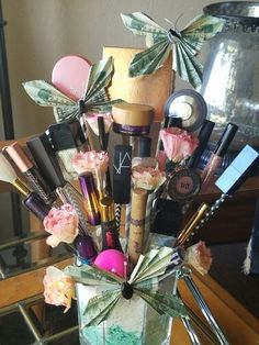 Makeup gift basket for any occasion. For more information contact 9899007620 Themed Gift Baskets, Birthday Gift Baskets, Diy Gift Baskets, Easter Gift Baskets, Valentines Day Baskets, Valentine Gifts, Boyfriend Gift Basket, Boyfriend Gifts, Makeup Basket