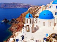 BELOVED as one of the most romantic places on earth, this 'crown jewel of Greece' is not soon forgotten…