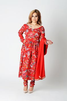 Rich and bright floral motif. The shape is flattering to all body shapes and Alterable to size . Ready to Ship. Indian Suits, Anarkali Suits, Floral Motif, Body Shapes, Indian Fashion, Cold Shoulder Dress, Ship, Bright, Long Sleeve