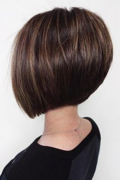 Short Angled Bob Hairstyle ❤ Consider short bob hairstyles, if change is what you seek. It is always fun to try out something new, especially if it is extremely stylish and versatile. Angled Bob Hairstyles, Asymmetrical Bob Haircuts, Short Bob Haircuts, Hairstyles Haircuts, Straight Hairstyles, Latest Hairstyles, Bob Haircuts For Women, Stacked Haircuts, Summer Haircuts