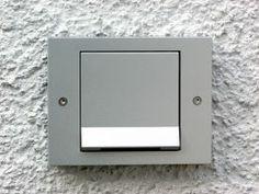 Design Steckdosen und Lichtschalter für den Außenbereich Gira
