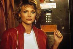 Michelle Pfeiffer in Into the night. Almost always blondes.