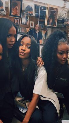 Pretty Black Girls, Beautiful Black Girl, Black Girls Rock, Black Girl Magic, Pretty People, Beautiful People, Black Girl Aesthetic, Dark Skin Beauty, Black Beauty