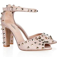 Valentino shoes – What To Wear Now