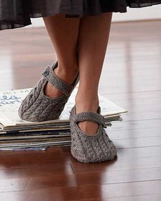 Plain Slippers: A very pretty Mary Jane-style slipper. 3.25 mm (U.S. 3) knitting needles. Shown in #55616 Mulberry Stripes