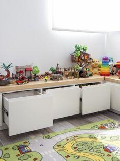 Mobili per bambini – Recycled Furnitures Ideas Playroom Storage, Kids Room Organization, Playroom Decor, Bedroom Storage, Playroom Ideas, Home Decor Furniture, Kids Furniture, Kids Play Spaces, Cool Kids Bedrooms