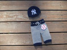 FREE SHIPPING Newborn NY Yankees baby cap and pants,crochet baby cap,crochet baby pants ,Baseball beanie New York hat by Etvy on Etsy