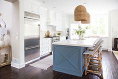 Coastal Kitchen Reveal Coastal Kitchen Reveal - Life On Virginia Street Coastal Bedrooms, Coastal Living Rooms, Coastal Curtains, Coastal Kitchens, Coastal Bedding, White Kitchens, Coastal Style, Coastal Decor, Modern Coastal