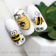 Summer pedicure nail art manicures New ideas Animal Nail Designs, Animal Nail Art, Nail Art Designs, Rose Nail Art, 3d Nail Art, Bee Nails, Nail Drawing, City Nails, Nagel Blog