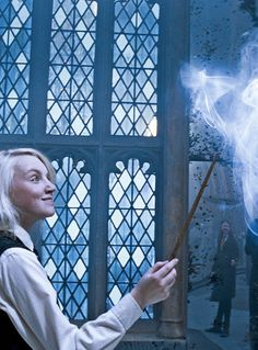 harry potter, luna lovegood, and luna resmi Harry Potter Spells, Harry James Potter, Harry Potter Cast, Harry Potter Quotes, Harry Potter Characters, Evanna Lynch, Pottermore Patronus, Luna Lovegood Aesthetic, Harry Potter Poster