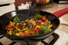 Xtrema Wok Review and Giveaway! The Ceramcor Xtrema Ceramic Wok & Lid Rocks - She Informed