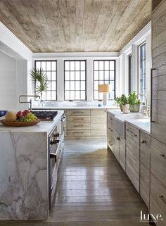 House Beautiful: Fresh and Traditional | ZsaZsa Bellagio - Like No Other