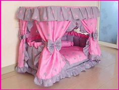 dog training,teach your dog,dog learning,dog tips,dog hacks Puppy Room, Puppy Beds, Pet Beds, Dog Bed, Toddler Playpen, Diy Toddler Bed, Baby Bedroom, Kids Bedroom, Candy Pillows