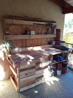 Furighedda gardening: Bricolage: il mio nuovo vecchio banco da lavoro - by Delia
