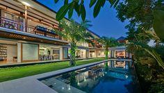 Bendega Rato - Pool and villa at dusk