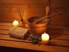 Treat your mind and body to an Infrared sauna. Detoxify your system with the latest sauna technology and heal your body naturally with Karen Threlkle ND. Sauna Health Benefits, Home Remedies, Natural Remedies, Spa Privatif, Camping 2, Bio Sauna, Finnish Sauna, Zen, Infrared Sauna