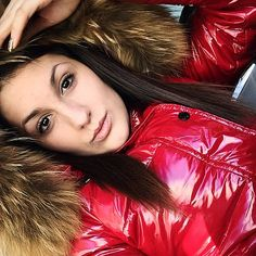 Fur hood (furhoods) Tags: winter fur shiny coat down jacket hood puffer Moncler, Down Puffer Coat, Down Parka, Nylons, Down Suit, Winter Suit, Elegantes Outfit, Puffy Jacket, Jacket Style