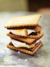 S'mores: Simple but so delicious!