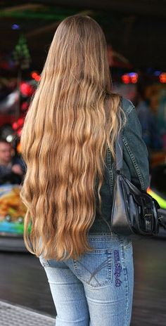 Long Hair Twist and Wrap - 20 Long Hairstyles You Will Want to Rock Immediately! Face Shape Hairstyles, Permed Hairstyles, Twist Hairstyles, Pretty Hairstyles, Really Long Hair, Super Long Hair, Beautiful Long Hair, Gorgeous Hair, Curly Hair Styles
