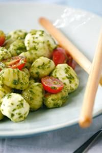 Gnocchi with Fresh Mozzarella, Grape Tomatoes, & Pesto