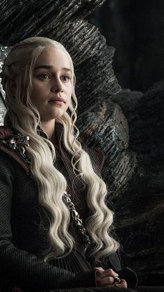 Game of Thrones 8 Staffel iPhone 7 Wallpaper HD - Bestes Handy Wallpaper HD - Daenerys Targaryen Iphone 7 Wallpapers, Phone Wallpaper Images, Cool Wallpapers For Phones, Emilia Clarke Daenerys Targaryen, Game Of Throne Daenerys, Targaryen Wallpaper, Deanerys Targaryen, Arte Game Of Thrones, Handy Wallpaper