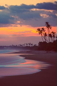 Tangalle Beach sunset, Sri Lanka, by Charly Lataste. Love this mellow sunset scene.