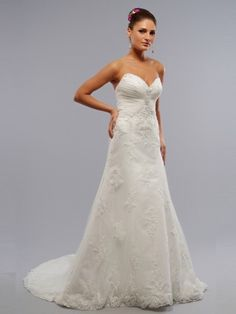wedding dresses wedding dresses with straps wedding dresses outdoor a-line sweetheart applique sleeveless court trains tulle wedding dresses for brides