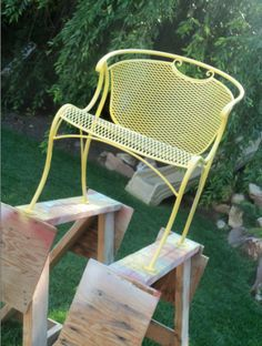 great diy project, painting wrought iron...so cute.